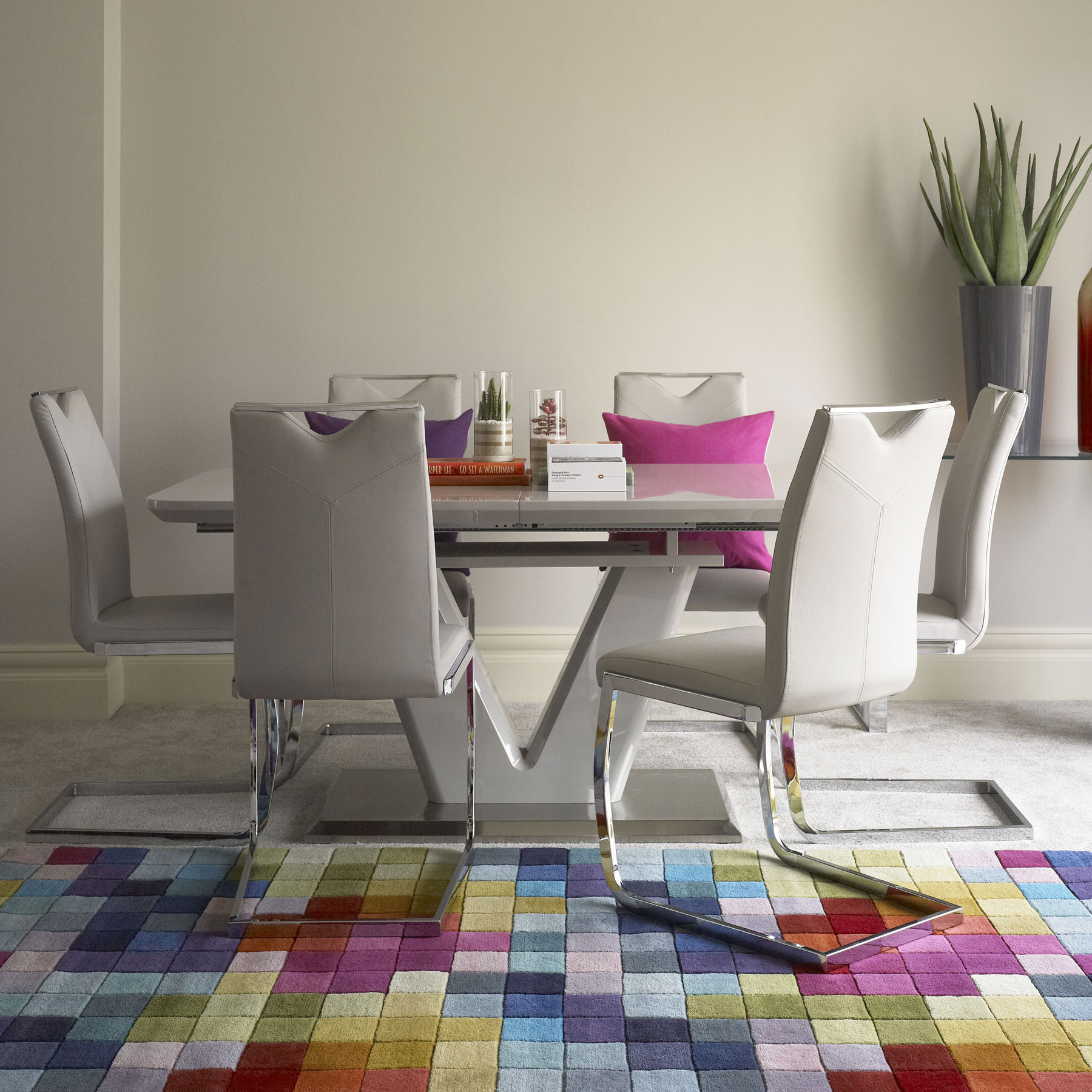 Deals on Dining Furniture