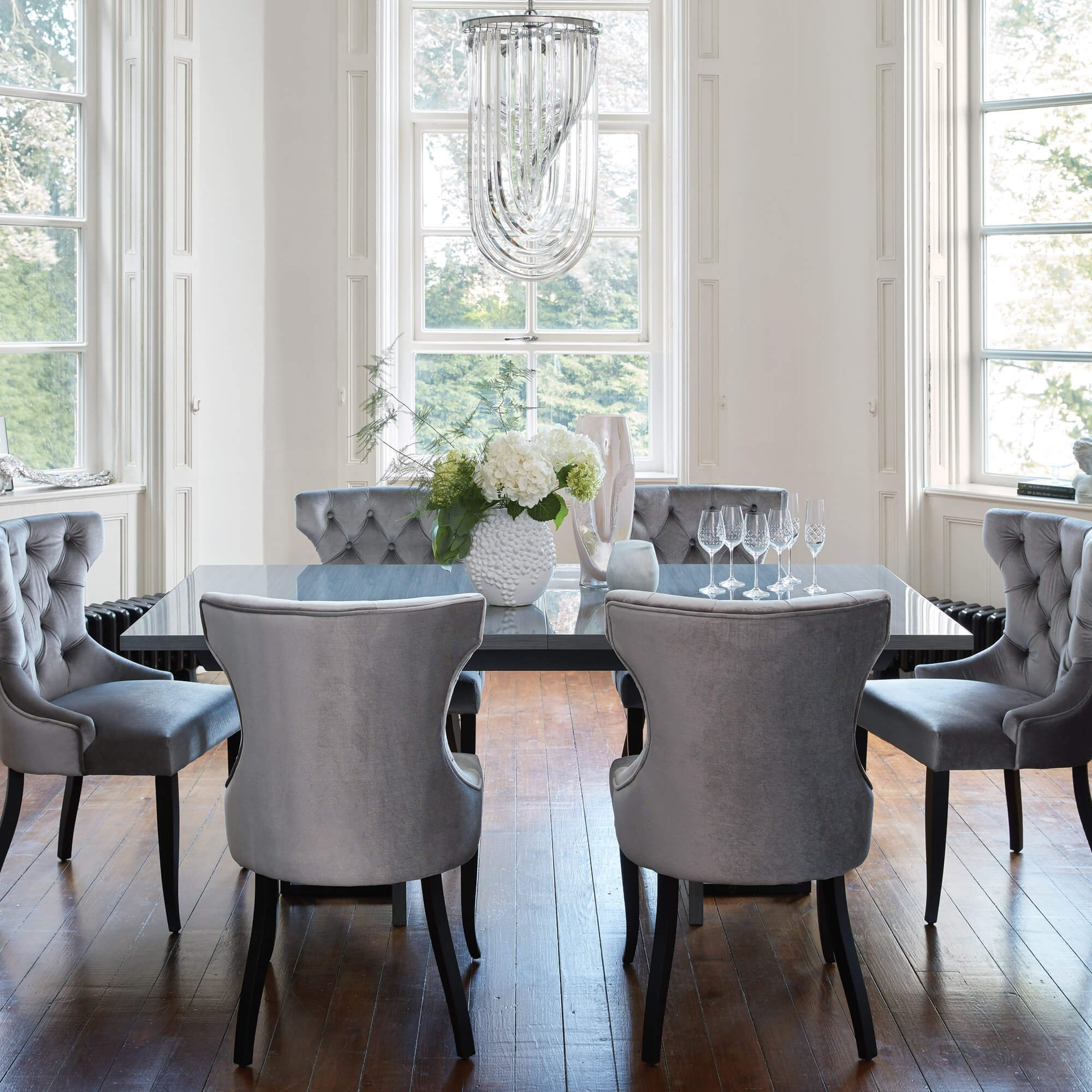 Housing Units - High Gloss Dining Table and Grey Chairs